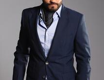 Tomás Villamayor le dio un look a Fabián de hombre con mucho poder y picardía.