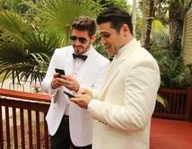 ¿Esconderá algo este par? Ellos siempre tiene secretos muy guardados que no puedes descubrir... pero su teléfono es la mejor pista.