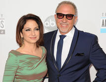 'Gloria & Emilio Estefan Foundation' colaboran con fundaciones como UNICEF y Amigos for Kids