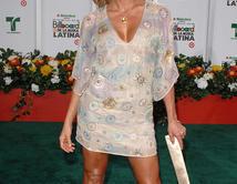 ¿Cuál de estos vestidos ha hecho ver más hermosa a Aylin Mujica?