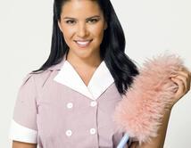 Sencilla y natural, el color rosa con un maquillaje suave, hace juego perfecto con la sonrisa de una Maid...