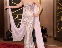 ¡Vota por la mejor vestida de la noche!