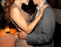 De sus famosas parejas, ¿Con cuál se ve mejor?