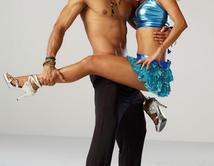 """Una alegre cartagenera, amante del baile en """"Bazurto""""."""