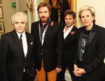 """La banda Inglesa de Rock publicó el tema """"Come Undone"""" en 1993 y logró mucho éxito en diferentes países incluyendo EEUU."""