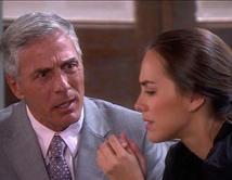 Jorge se entera que Elena asesino a su hermano Julián y a Mónica Serrano