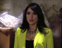 Elena descubre el cuarto secreto.