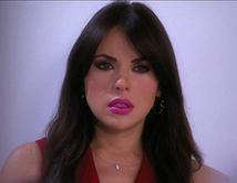 Elena llama al Pachuco para pedirle que trabaje para ella.