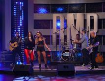 Tali Duclaud y Avenida Zero interpretaron el tema de Diana Reyes en el segundo show.