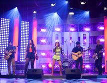 Tali Duclaud y Avenida Zero interpretaron el tema de Elvis Crespo en el cuarto show.