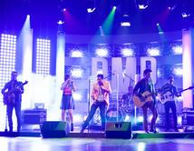 Lino Martone y Odas interpretaron el tema de Elvis Crespo en el cuarto show.