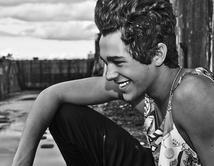 ¿Cuál foto social del cantante es la más sexy?