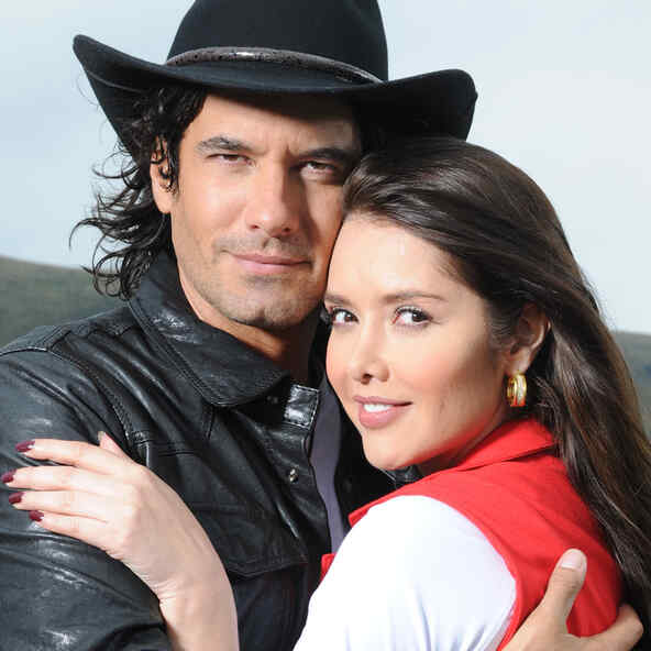Paula for Love or Money (Los Herederos del Monte)