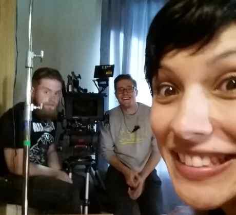 """Los actores de """"Reversion"""" se divierten durante el rodaje de la nueva película de Fluency Studios."""