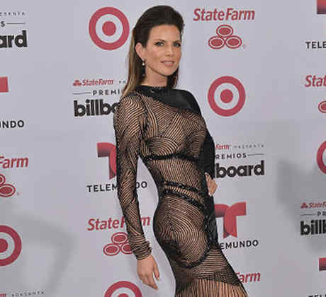 2015 Billboard Latin Music Awards - Arrivals