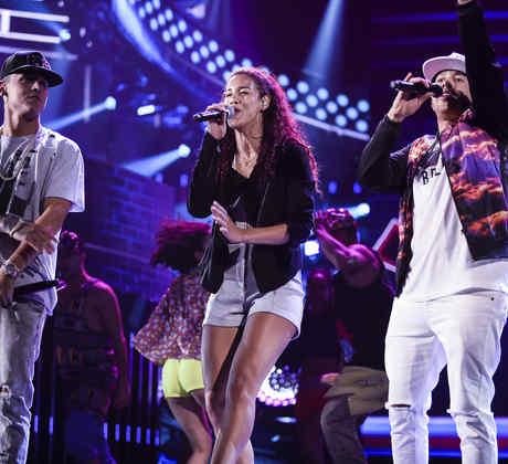 Natalie La Rose, De la Ghetto y Kevin Roldan en los ensayos de los Latin American Music Awards 2015