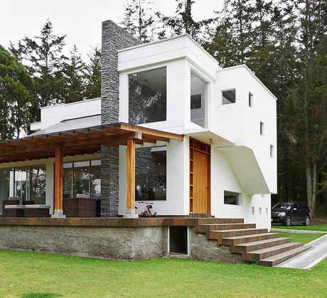 Casa moderna con piedra y madera