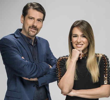 Eduardo Videgaray y Erika de la Vega en foto de Ya era Hora con Erika y Eduardo