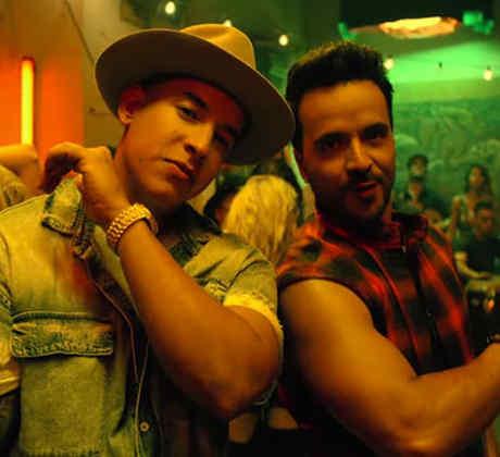 """Luis Fonsi & Daddy Yankee en el video musical """"Despacito"""""""