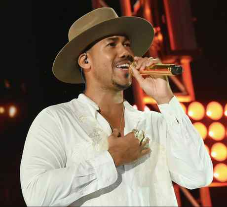 romeo-santos-romantic-songs.jpg