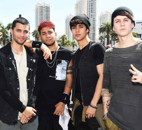 """CNCO are guests on Billboard's """"El Factor Latino"""" podcast"""