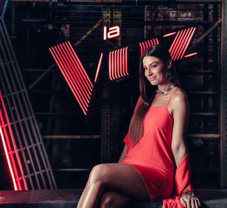 Natassja Bolivar es digital host de La Voz 2