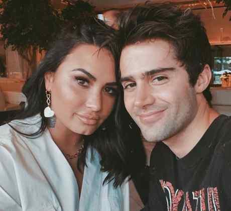Demi Lovato con Max Ehrich
