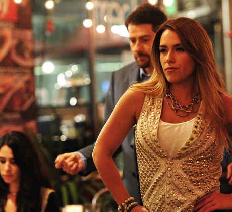 Erika de la Vega y Eduardo Videgaray detrás de cámaras en las grabaciones de la apertura de Ya Era Hora
