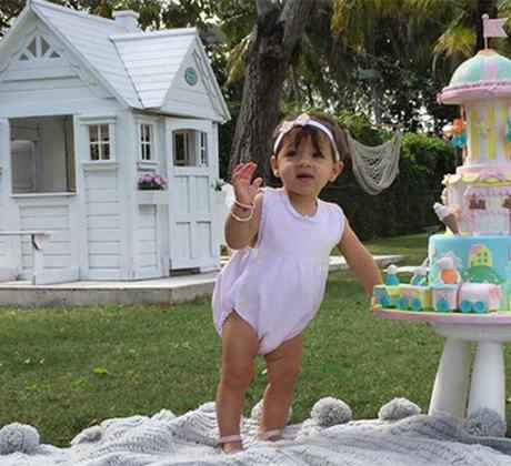 Alaïa a los 11 meses