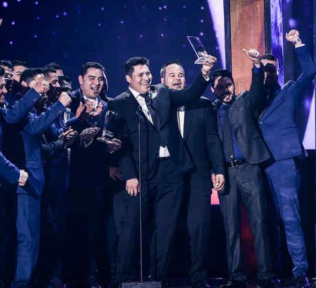 Banda MS recibe reconocimiento en Premios Billboard 2016