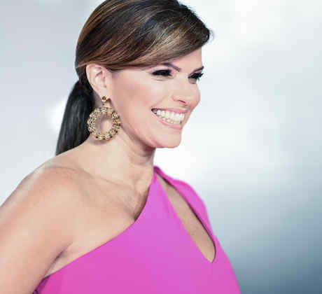 Rashel Díaz en la alfombra roja en los Premios Billboard 2016