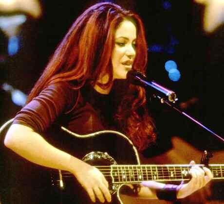La evolución de Shakira en su carrera musical