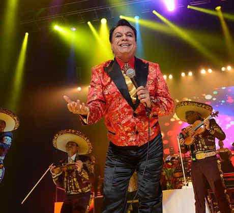 Juan Gabriel In Concert - Oakland, CA