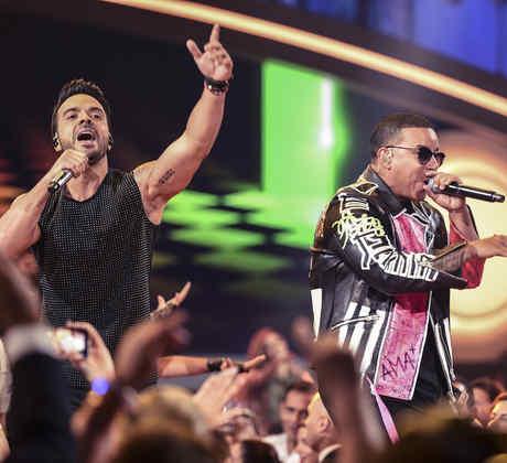 Luis Fonsi y Daddy Yankee cantaron Despacito