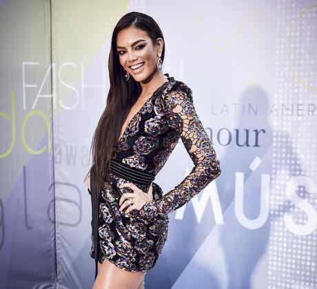 Zuleyka Rivera en los Latin Music Awards 2017