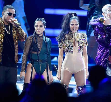Daddy Yankee, Becky G, Natti Natasha y Bad Bunny en Premios Billboard