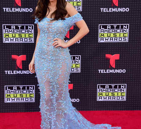 Sharlene Taule on the red carpet of the 2015 Latin American Music Awards 2015