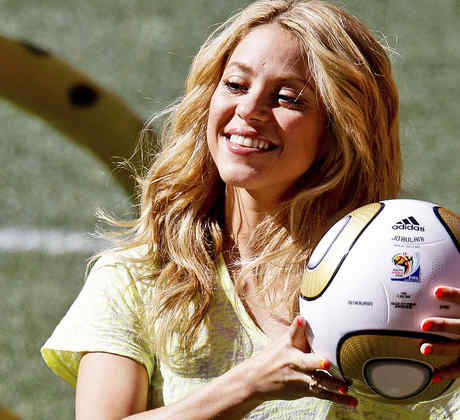Shakira en la conferencia de prensa de la Copa Mundial FIFA 2010