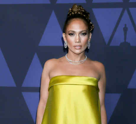 Jennifer Lopez arrives at the Academy Of Motion Picture Arts And Sciences' 11th Annual Governors.