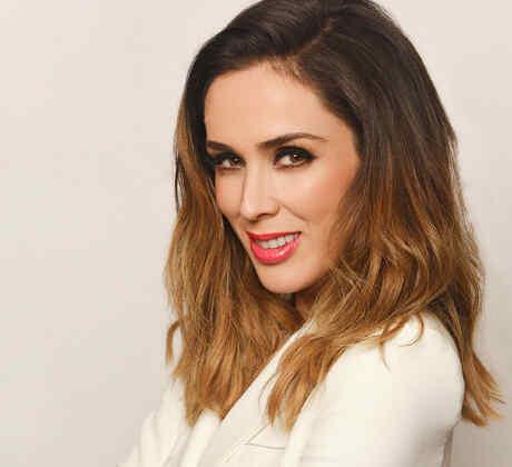 Jacqueline Bracamontes, Telemundo
