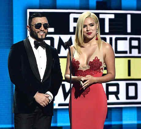 Alex Sensation y Karol G en el escenario de los premios Latin American Music Awards 2016