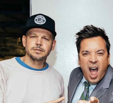 """Watch Residente and Bad Bunny Perform """"Bellacoso"""" on the Tonight Show Starring Jimmy Fallon"""