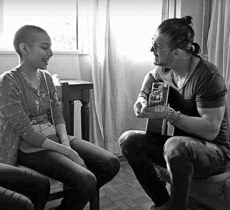 """RICARDO ARJONA PRESENTA  EL VIDEO MUSICAL DEL SENCILLO """"ELLA BAILA SOLA"""""""