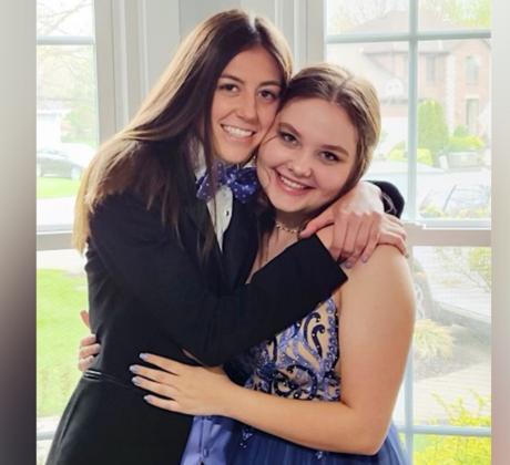 Riley Loudermilk y Annie Wise fueron elegidas como rey y reina del baile en su escuela secundaria de Ohio.