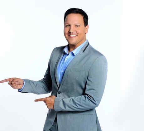 Feliz cumpleaños Raúl González de tu familia QUE NOCHE