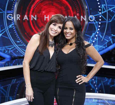 Giselle y Carolina en la gala de expulsión de la casa de Gran Hermano