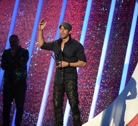 Enrique Iglesias Premios Billboard de la Música Latina, 2014