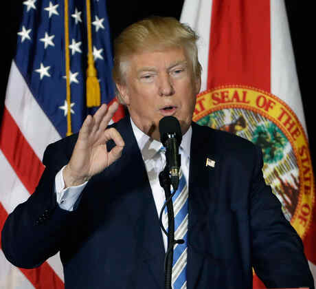 Trump en su última campaña en Sarasota, Fl antes de las elecciones
