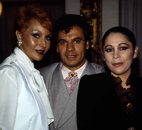 Sonia Infante, Juan Gabriel e Isabel Pantoja
