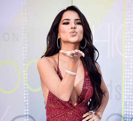 Becky G en la alfombra de los Latin American Music Awards 2017.